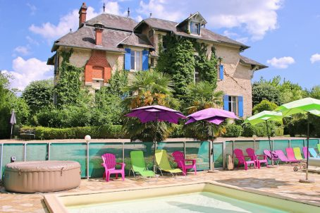 Hotels and B&B properties for sale and for rent in France