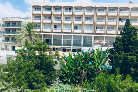 Hotels and B&B properties for sale and for rent in Cyprus